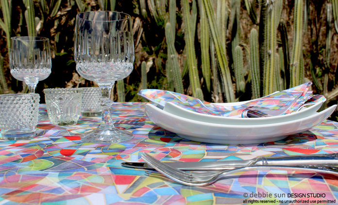 Debbie Sun Design Studio table setting with Overlapping design